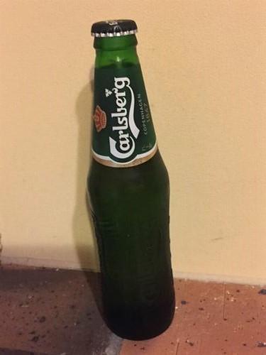 外国の瓶ビール カールスバーグ