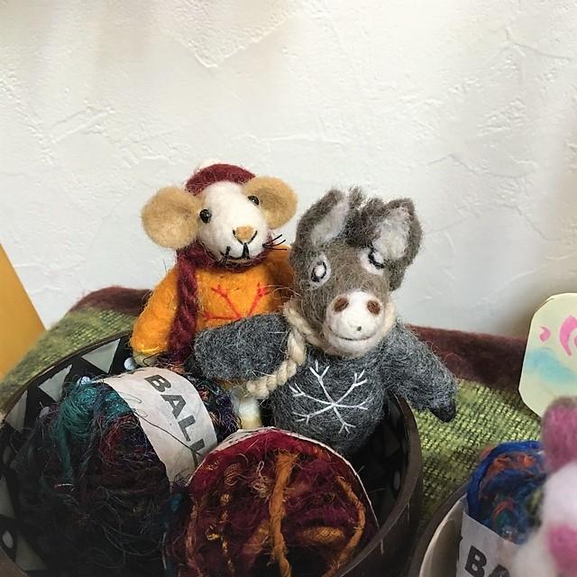 羊毛フェルトの動物人形