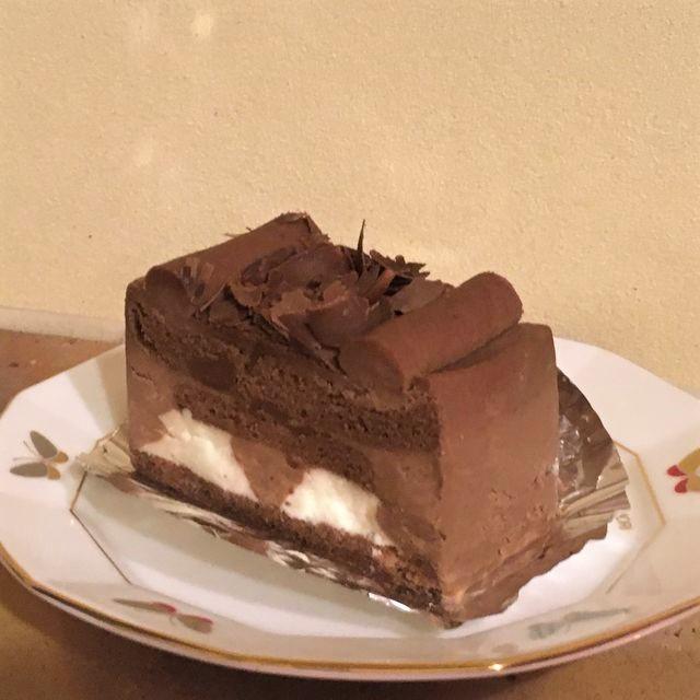 ドイツ菓子ブルグ チョコレートケーキ