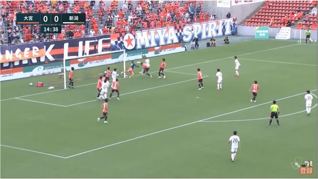 15分、1得点目 DF早川がプロ初ゴールっ!